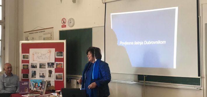 """Predavanje """"Povijesna šetnja Dubrovnikom"""" Slavice Stojan"""